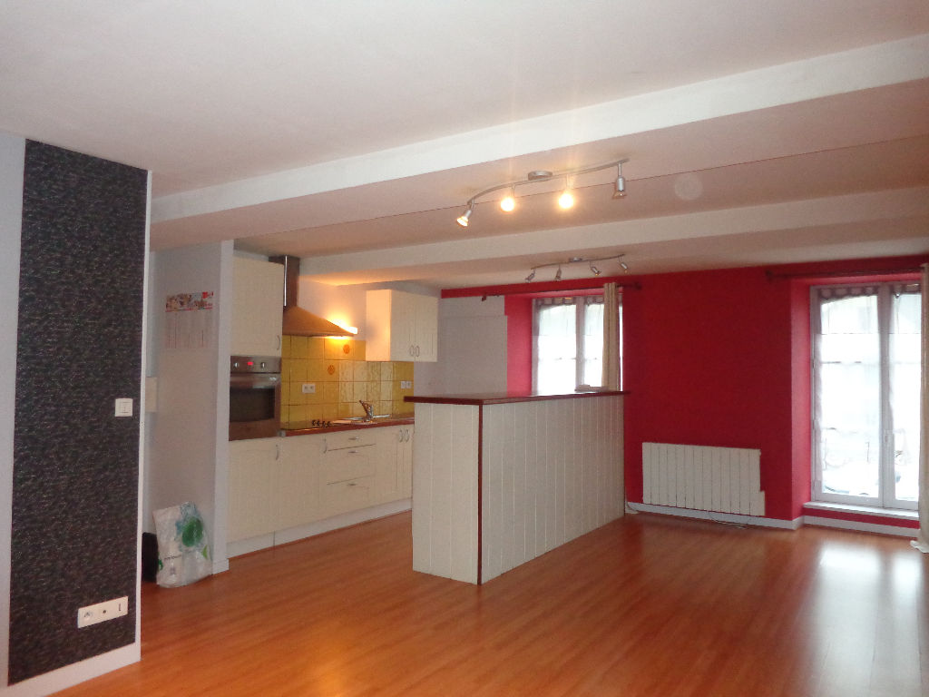 ERNEE APPARTEMENT 3 CHAMBRES